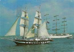 Transport. CPM. Les Grands Voiliers (2 Cartes)  (bateau, Voilier) - Voiliers