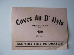 """PETIT BUVARD """"CAVES DU Dr NYLS"""",PERPIGNAN, VINS FINS DE QUALITÉ - Collections"""