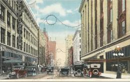 ST. PAUL, MINN. ¤ Roberts Street Looking South ¤ Animée, Emporium, Voitures Anciennes... - St Paul