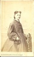 Photo MULNIER Paris Année 1870  Dame En Robe Longue - Old (before 1900)