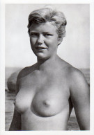 Jeune Femme Aux Seins Nus; Young Topless Women; Original Photo, No Postcard - Weiblicher Akt (1941-1960)
