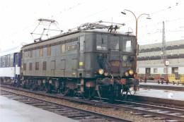 Toulouse (31) 10/1982 - La BB4209 En Gare De Toulouse Matabiau - Stations With Trains