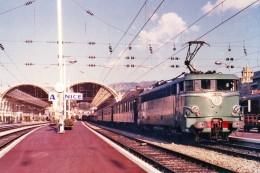 Nice (06) 02/1969 - La BB25243 En Gare De Nice Ville - Transport (rail) - Station