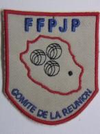Ecusson Tissu Brodé - ILE DE LA REUNION - Comité De La Réunion - FFPJP - PETANQUE Et Jeu Provençal - Ecussons Tissu