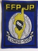 Ecusson Tissu - Feutrine Brodée - CORSE SUD - FFPJP - PETANQUE Et Jeu Provençal - 2A - Tête De MAURE - Ecussons Tissu