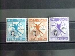 SOUDAN RÉPUBLIQUE SUDAN 1964 80 ANV . De LEANOR ROOSEVELT Yvert Nº 168 / 170 ** MNH - Sudan (1954-...)