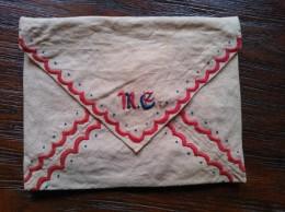 Geborduurd Linnen Envelop Met Twee Zakjes, Vintage - Dentelles Et Tissus
