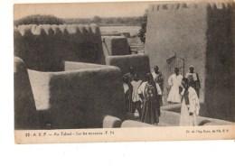 TCHAD----A. E. F.---au Tchad--sur Les Terrasses---voir 2 Scans - Tchad