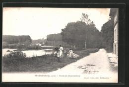CPA Trilbardou, Route De Charmentray, Des Enfants Am Strassenrand - Frankrijk