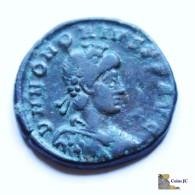 Roma - HONORIO - Maiorina - 393/423 DC. - 8. El Bajo Imperio Romano (363 / 476)