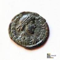 Roma - TEODOSIO I - Centenional - 370/395 DC. - 8. El Bajo Imperio Romano (363 / 476)