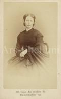 Photo / Carte De Visite / CDV / Femme / Woman / Association Photographique / Antwerpen / Madame Herman Dumerey / Dunurey - Photos
