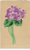 Tres Belle Carte Gros Gauffrage Avec Peinture Et Soie Collée Violettes Silk - Cartes Postales