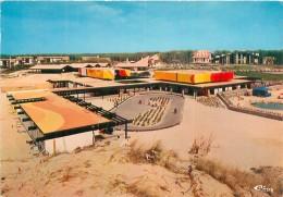 Seignosse Le Penon - Les Batiments  Du  Centre Commercial   Q452 - Other Municipalities