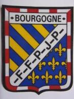 Ecusson Tissu - BOURGOGNE - FFPJP - PETANQUE - Blason - Armoiries - 51 - Pétanque