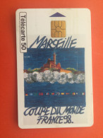 TELECARTE 50* ILLUSTRATION Futball FOOTBAL COUPE DU MONDE 1998 COPA DEL MONDO A MARSEILLE=>LOGO MASCOTTE FRANCE TELECOM - Fashion
