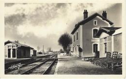 ESVRES - La Gare - Ed. Henry - Francia