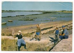 L´AIGUILLON SUR MER--1976-Pointe De L´Aiguillon-Départ Pour La Pêche (animée),cpsm 15 X 10 N°86 éd Artaud - Autres Communes