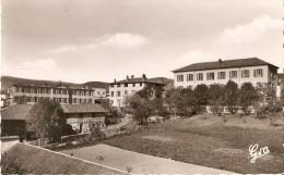 AMBERT  INSTITUTION JEANNE D ARC - Ambert