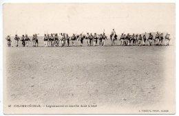 Algérie, Légion étrangère : Colomb Béchar - Légionnaires En Marche Dans Le Bled - Argelia