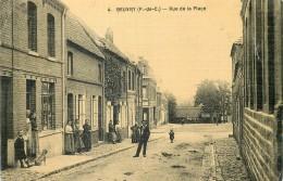 62 BEUVRY RUE DE LA PLACE ANIMEE - CARTE TOILEE U 9934 - Beuvry