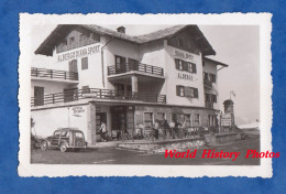 Photo Ancienne Snapshot - SESTRIERE - Diana Sport Albergo - Automobile - Mars 1952 - Piemonte Italia - Automobiles
