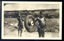 Cpa Du Congo Belge Missions Des Jésuites -- Au Secours De La Mécanique    LIOB37 - Congo Belge - Autres