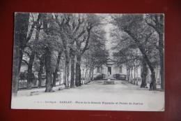 SARLAT - Place De La Grande Rigaudie Et Palais De Justice - Sarlat La Caneda