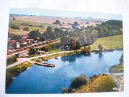PORT-HUBLE - CHANIERS (17) Le Bac Sur La Charente Voir Les Scans Recto Et Verso. - Bateaux