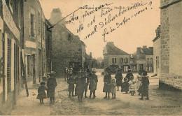 Dép 53 - Attelage De Chevaux - Martigne - Place De L'église - état - Altri Comuni