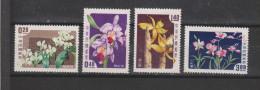 Yvert 255 / 258 * Neuf Avec Charnière Fleurs Flowers Orchidées - 1945-... République De Chine
