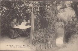 33-BEYCHAC-ET-CAILLAU-Restaurant MALLET-Un Coin De La Charmille  Animé - Autres Communes