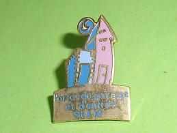Pin's / Autres / Divers : Siam , Porte De Garage     TB1(7a) - Badges
