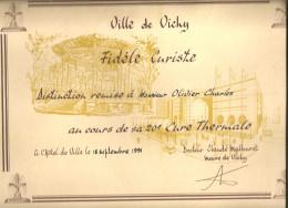 Distinction FIDELE CURISTE Par La Ville De VICHY - Diplômes & Bulletins Scolaires