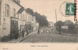 TRAPPES LA RUE DE LA GARE ANIMEE CAFE RESTAURANT 78 YVELINES - Trappes