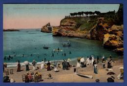 64 BIARRITZ Les Bains Du Port-Vieux Et Le Rocher De La Vierge ; Canots, Chaises  - Animée - Colorisée - Biarritz