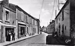 """¤¤  -   17  -  CHALLANS    -  Rue Carnot  -  Epicerie """" Vve SALMON """"  -  Auberge """" Louis XIII """"  -  ¤¤ - Challans"""