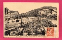 76 SEINE-MARITIME ROUEN, Le Quai De Paris Et La Côte Ste-Catherine, Animée, Bateaux,  (la Cigogne) - Rouen