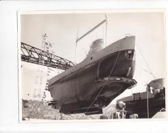 ZZ-19 -photo Photographie De Presse -bathyscaphe Triestre - Mise à L'eau - Bateaux