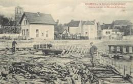 CLAMECY - Le Flottage à Buches Perdues,arrivée Du Bois Au Pertuis De Clamecy. - Clamecy