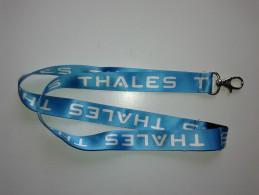 Alt890 Porta Badge Keychain Portachiavi Da Collo Tessuto Thales Alenia Space Spazio Cape Canaveral Torino Shuttle - Altri