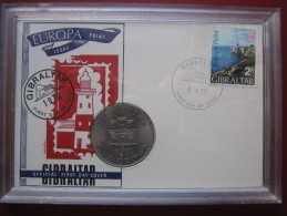 Gibraltar 1970 Crown Coin Queen Elizabeth II Official First Day Cover In Plastic Case - Gibraltar