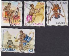 Zambie. Artisanat: Masques 237, Chaume 241, Pipe 243, Danseur Makishi 249 - Zambie (1965-...)