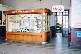 Nice (06) Juin 1991 - Bureau D´information De L´ancienne Gare Du Sud (Chemins De Fer De La Provence) - Transport (rail) - Station