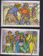 Zambie. Femmes Au Travail. Réfection D'une Route 601, Fabrication De Blocs En Béton 602 - Zambie (1965-...)