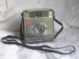 KODAK FIESTA - BROWNIE CAMERA - ANNI '60 - FUNZIONANTE - VINTAGE - Macchine Fotografiche