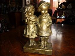 """Ancienne Statuette Enfants """" Tu M´aimes Pas """" - Autres"""
