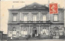 MONTMEDY - 54 - Une Vue ANIMEE De La Mairie - VANH - - France