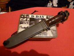 A Saisir Veritable Couteau CAMILLUS  USN MARK 2 1944 - Knives/Swords