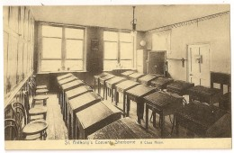S4647 - Sherborne - St. Anthony's Convent - A Class Room - Inglaterra